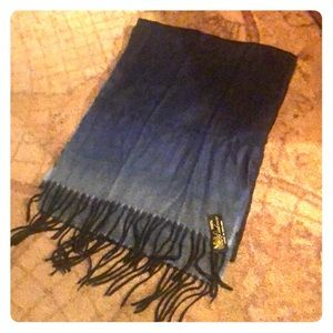 Accessories - Long cashmere scarf